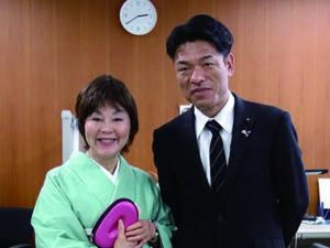 和歌山県議会にて藤本眞利子議員と谷口和樹