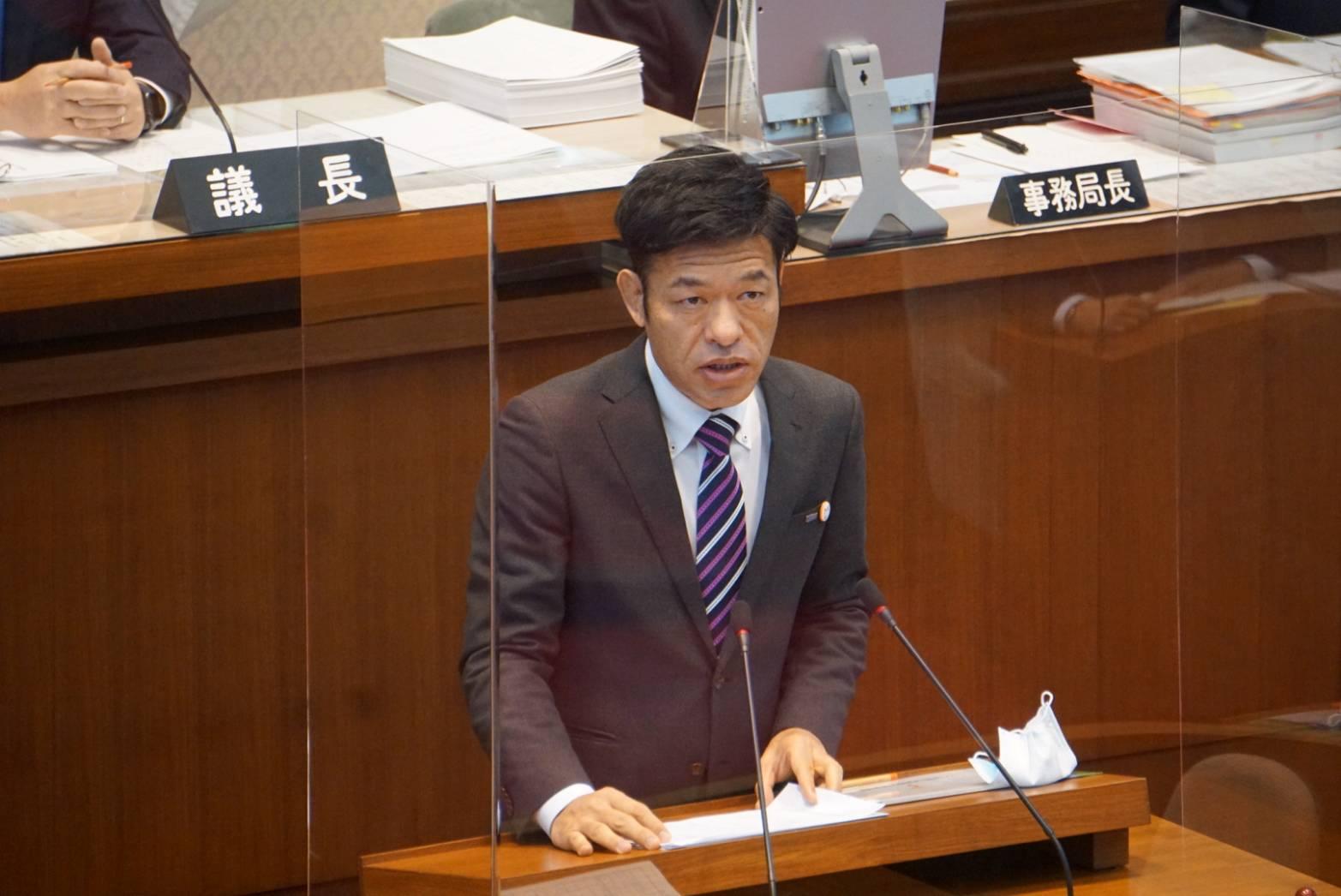 令和3年和歌山県議会2月定例会で一般質問に登壇する谷口和樹